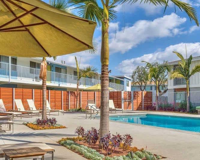 Resort-Style-Pool